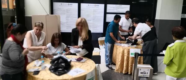 Consulado de Colombia en Caracas concluyó con normalidad la segunda vuelta de las elecciones presidenciales